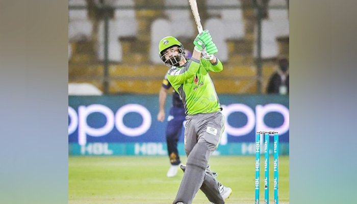 hafeez-s-magnificent-shots-lead-lahore-to-victory-against-gladiators