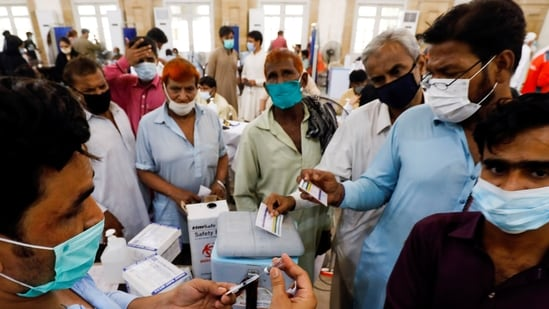 65-more-deaths-3-084-new-infections-reported-during-past-24-hours