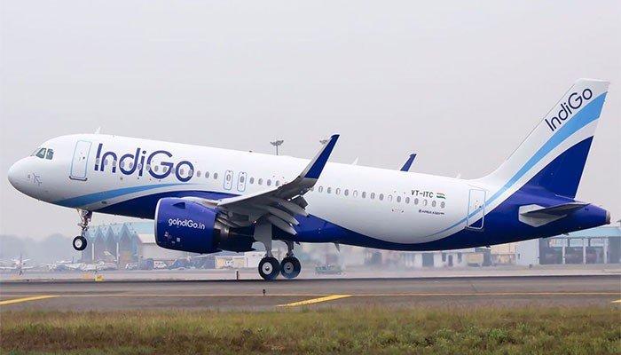 indian-plane-makes-emergency-landing-in-karachi-after-passenger-dies-on-board
