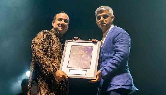 london-mayor-thanks-living-legend-rahat-fateh-ali-as-he-sells-out-wembley-arena