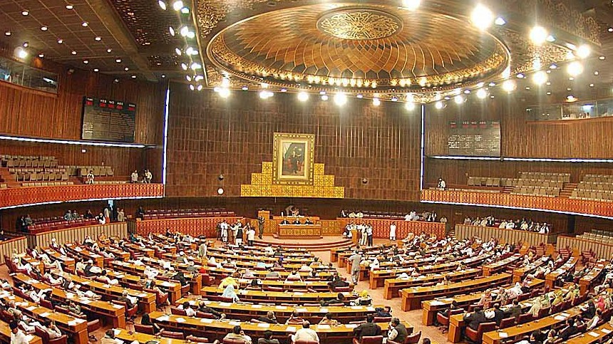 senate-elections-ecp-bars-voters-from-bringing-mobile-phones